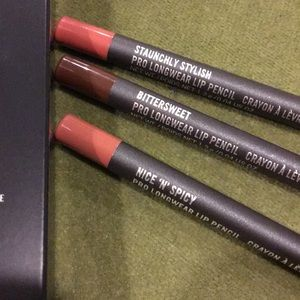 Makeup - Mac Very Valuable Lip Pencil Kit 1 New In Box⬇️⬇️